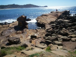 avoca-beach-rock-15-04-091